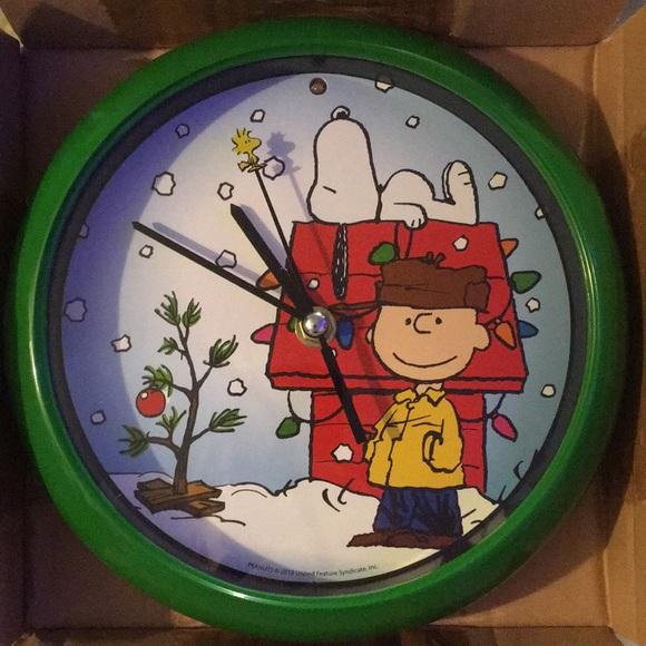 Peanuts Christmas Musical.Peanuts Musical Christmas Clock Nwt